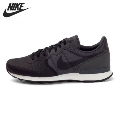 nike internationalist se schoenen