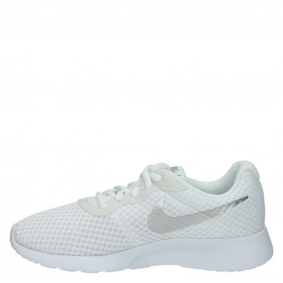 nike tanjun sneakers dames wit